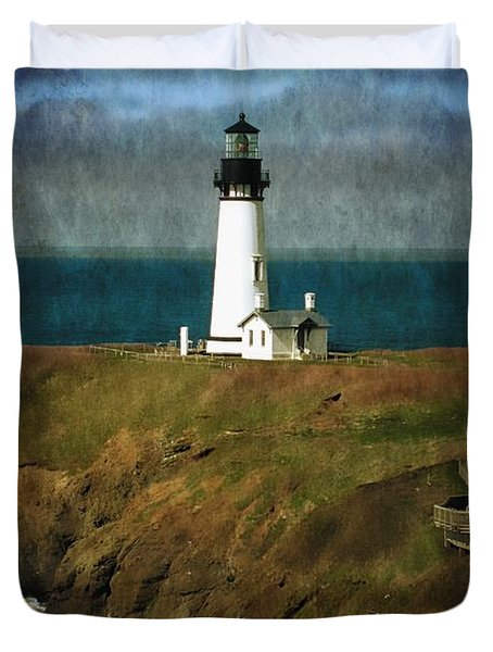 Duvet Cover featuring the photograph Afternoon At The Yaquina Head Lighthouse by Thom Zehrfeld