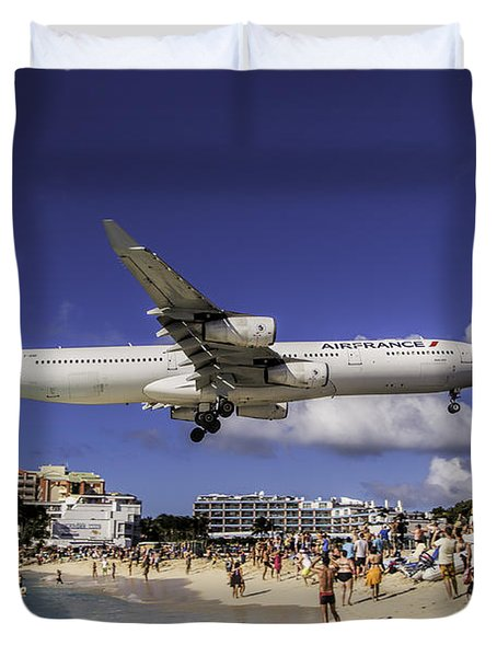 Air France St. Maarten Landing Duvet Cover