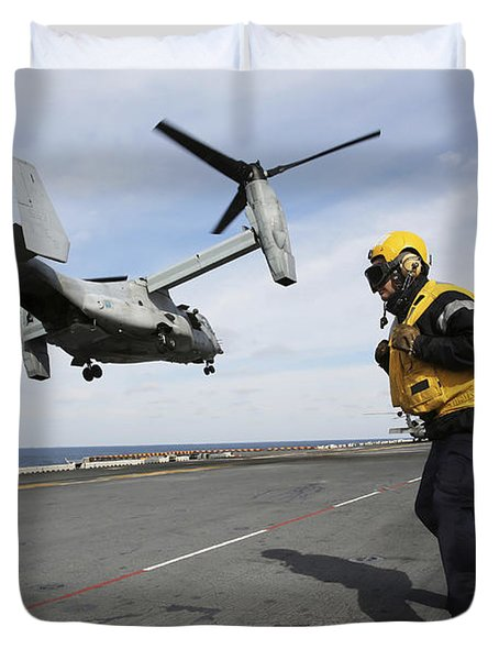 Airman From The Royal Navy Stands Duvet Cover