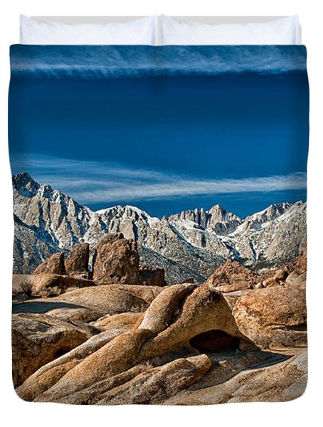 Alabama Hills And Mt. Whitney Duvet Cover