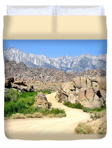 Duvet Cover featuring the photograph Alabama Hills by Marilyn Diaz