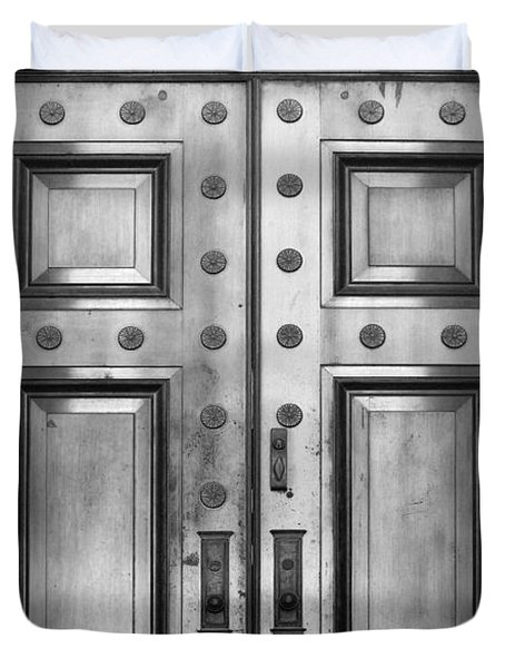 Alabama State Capital Building Door_1_bw Duvet Cover
