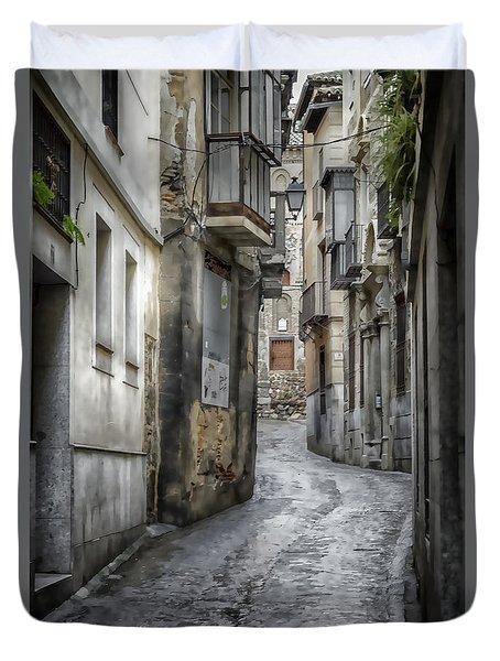 Alfileritos Duvet Cover by Joan Carroll