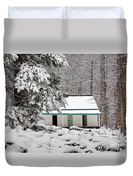 Duvet Cover featuring the photograph Alfred Reagan's Home In Snow by Debbie Green