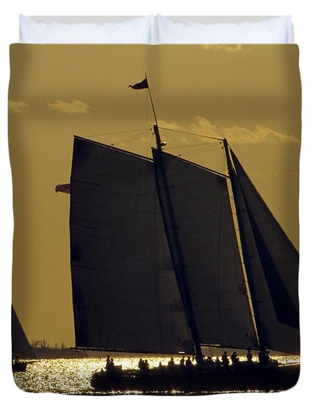All Sails Sunset In Key West Duvet Cover
