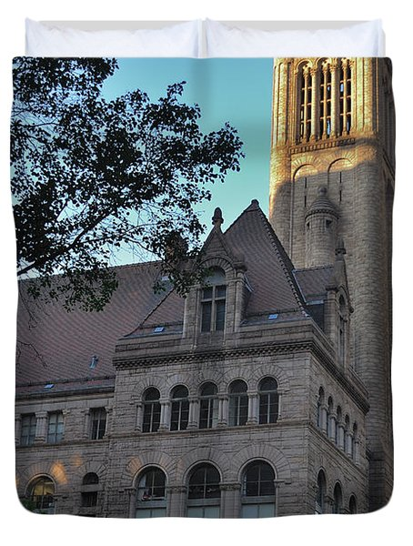 Duvet Cover featuring the photograph Allegheny County Courthouse by Steven Richman
