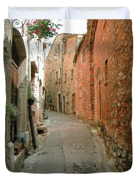 Alley In Tourrette-sur-loup Duvet Cover