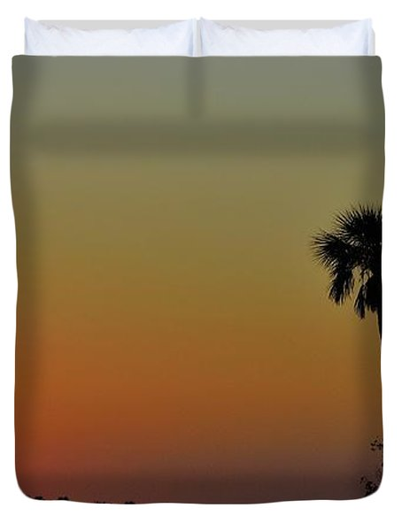 Duvet Cover featuring the photograph Almost Gone by Richard Zentner