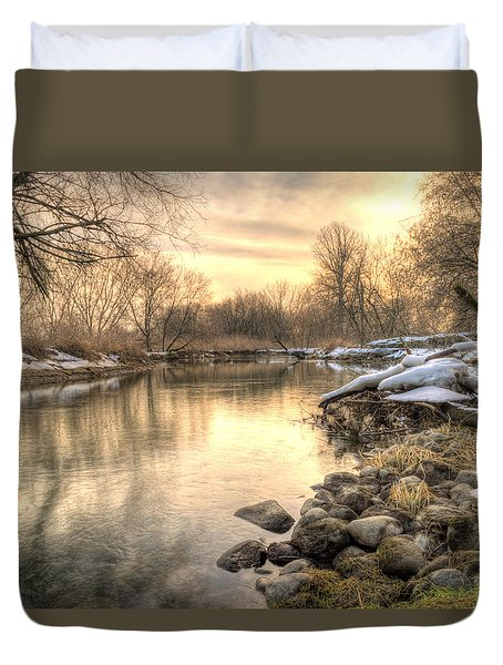 Along The Thames River  Duvet Cover