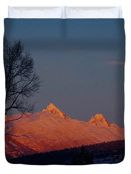 Duvet Cover featuring the photograph Alpenglow by Raymond Salani III