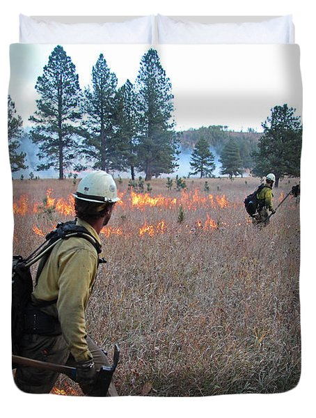 Alpine Hotshots Ignite Norbeck Prescribed Fire Duvet Cover