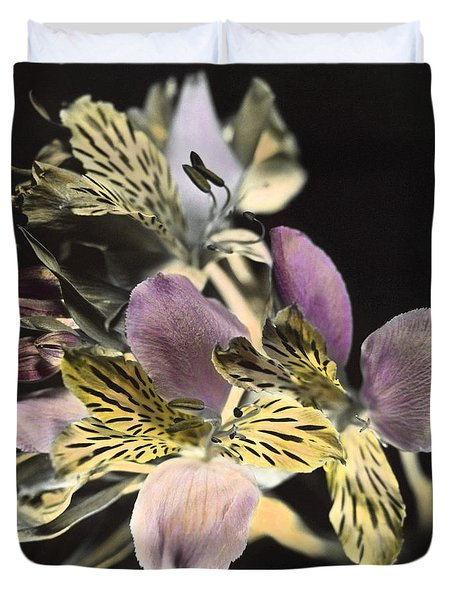 Duvet Cover featuring the photograph Alstroemeria by Lana Enderle