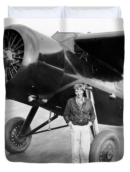 Amelia Earhart And Her Plane Duvet Cover