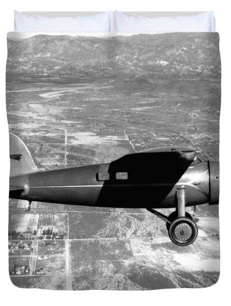 Amelia Earhart In Her Plane Duvet Cover