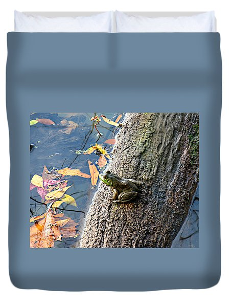 Duvet Cover featuring the photograph American Bullfrog by William Tanneberger