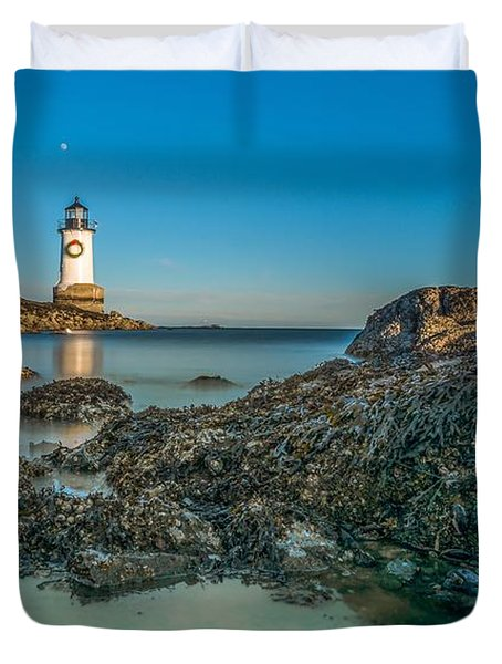 An Early Moon Over Fort Pickering Light Salem Ma Duvet Cover