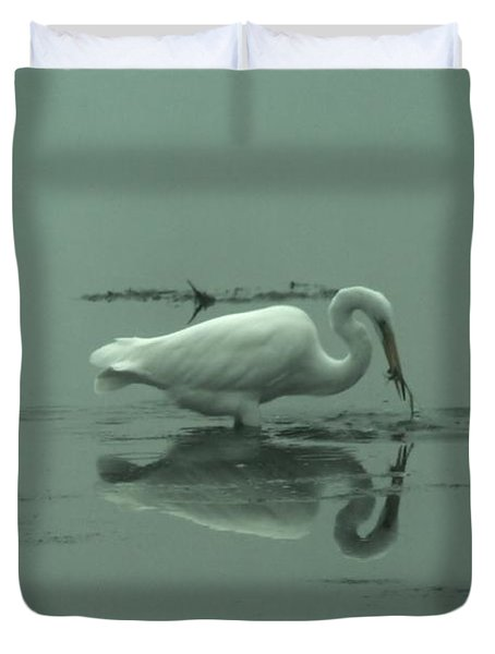 An Egret Feeding Duvet Cover by Jeff Swan