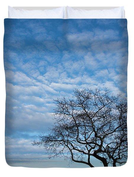 An Oak Tree On Masons Island Duvet Cover