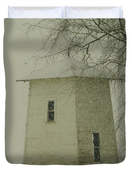 An Old Bin In The Snow Duvet Cover by Jeff Swan