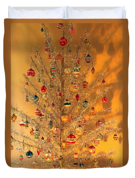 An Old Fashioned Christmas - Aluminum Tree Duvet Cover by Suzanne Gaff