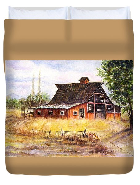 An Old Red Barn Duvet Cover