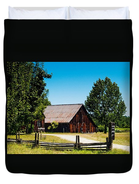 Anderson Valley Barn Duvet Cover by Bill Gallagher
