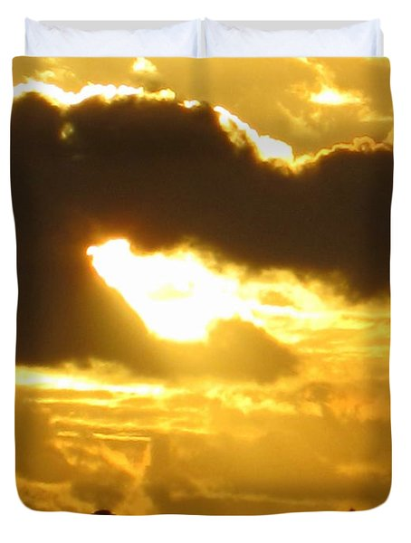 Duvet Cover featuring the photograph Angel In The Sunset by Roberto Gagliardi