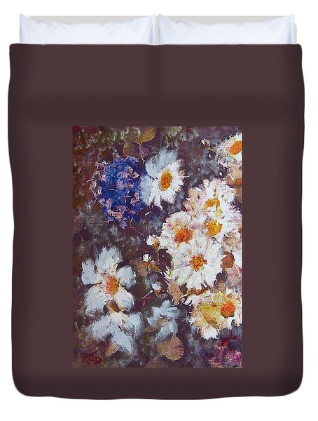 Another Cluster Of Daisies Duvet Cover by Richard James Digance