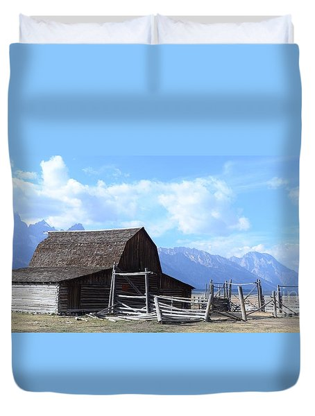 Another Old Barn Duvet Cover by Kathleen Struckle