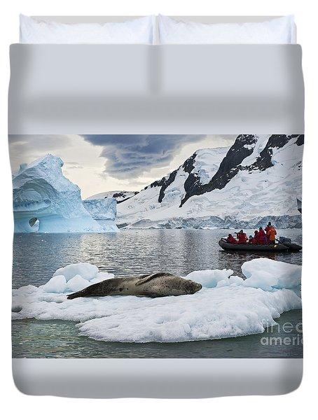 Antarctic Serenity... Duvet Cover