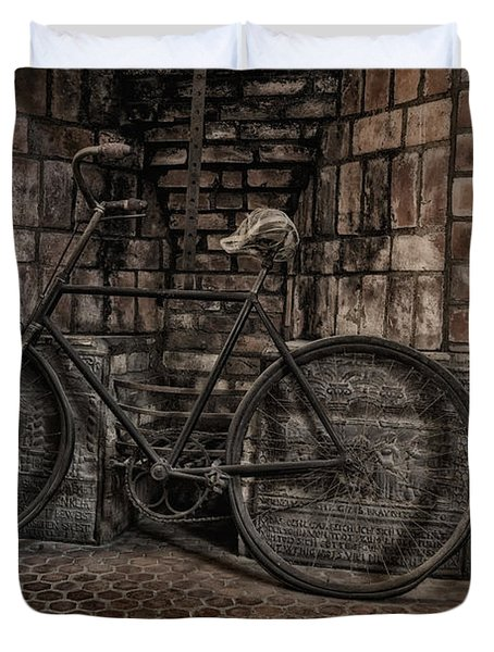 Antique Bicycle Duvet Cover by Susan Candelario