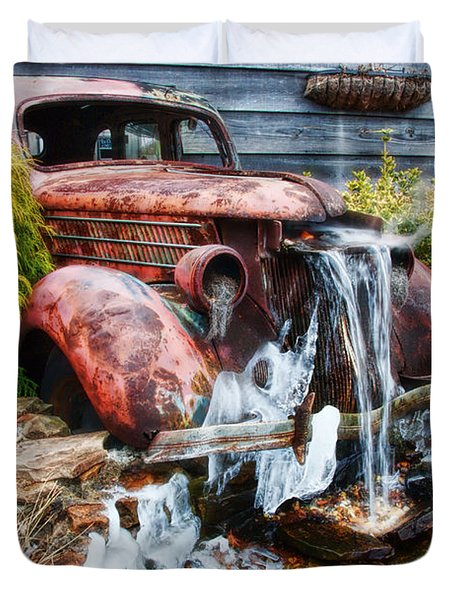 Antique Car Water Fountain Columbus Georgia Duvet Cover