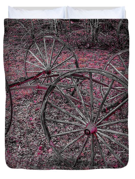 Duvet Cover featuring the photograph Antique Wagon Wheels by Sherman Perry