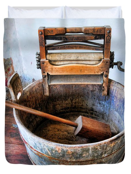 antique washing machine photograph by paul ward. Black Bedroom Furniture Sets. Home Design Ideas