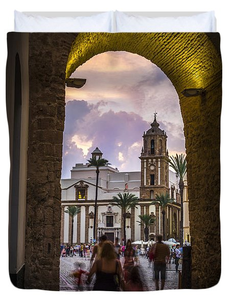 Arc Of The Rose Cadiz Spain Duvet Cover