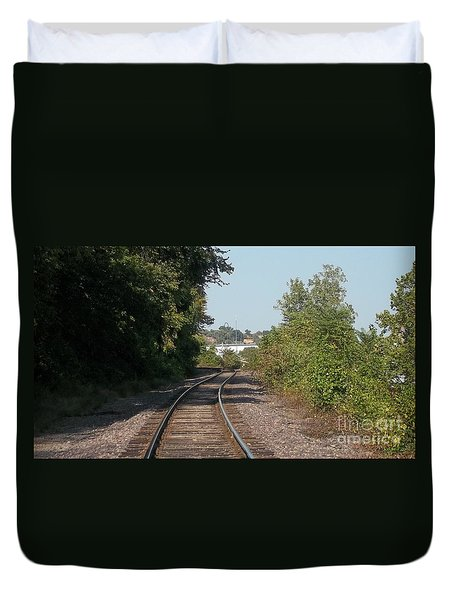 Duvet Cover featuring the photograph Arch In The Distance by Kelly Awad