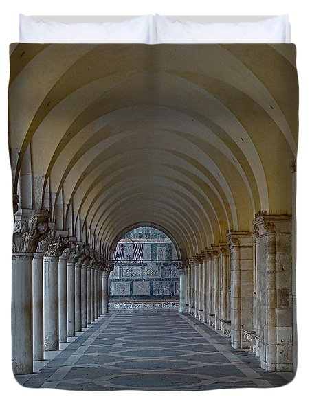 Archway In Piazza San Marco Duvet Cover