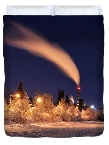 Arctic Power At Night Duvet Cover