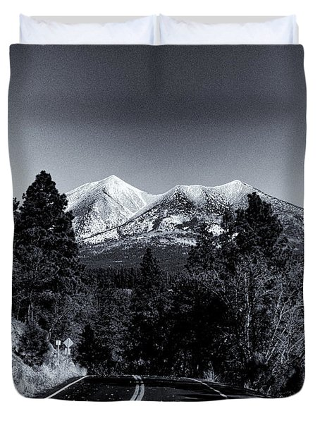 Arizona Country Road In Black And White Duvet Cover