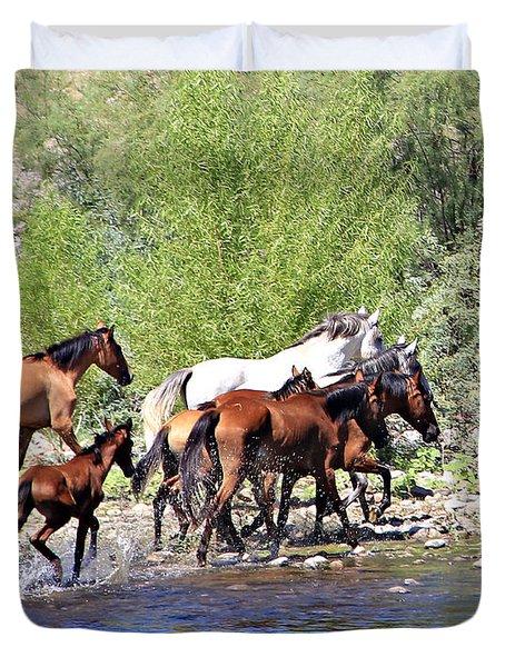 Arizona Wild Horse Family Duvet Cover