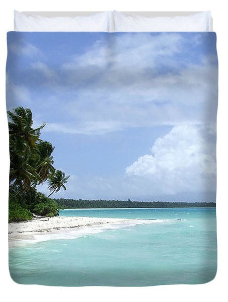 Duvet Cover featuring the photograph Arno Island by Andrea Anderegg