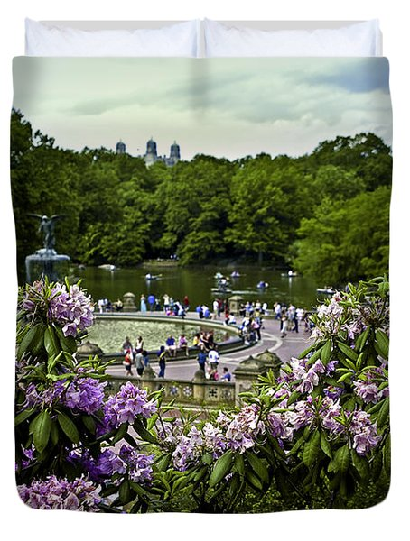 Around Bethesda Fountain Duvet Cover by Madeline Ellis