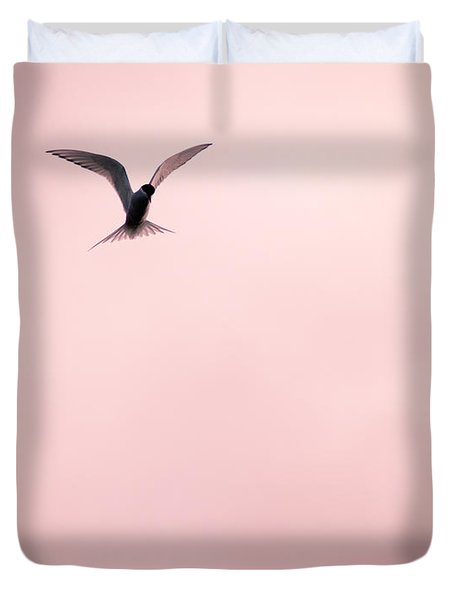 Duvet Cover featuring the photograph Artic Tern High In The Sky by Peta Thames