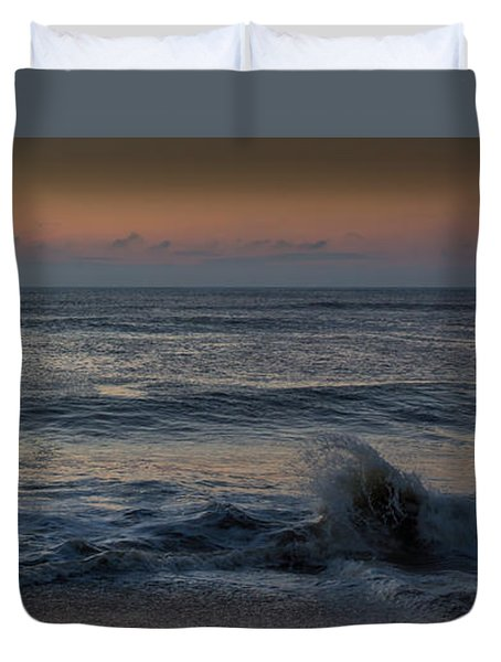Assateague Waves Duvet Cover by Photographic Arts And Design Studio