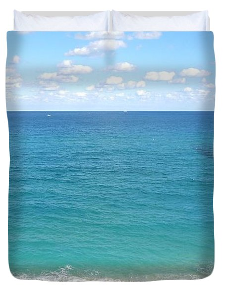 Atlantic Ocean In South Florida Duvet Cover by Ron Davidson