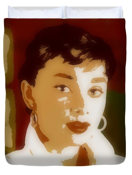 Duvet Cover featuring the painting Audrey Hepburn by Elizabeth Coats