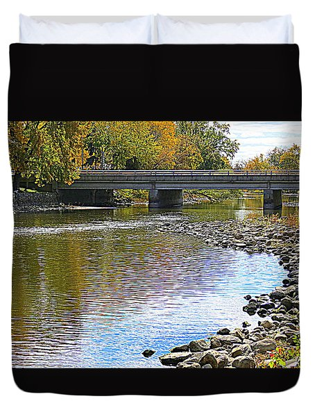 Autumn Along The Fox River Duvet Cover