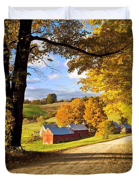 Duvet Cover featuring the photograph Autumn Farm In Vermont by Brian Jannsen
