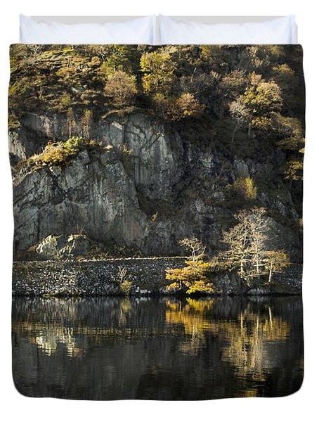 Autumn In The Lake Duvet Cover
