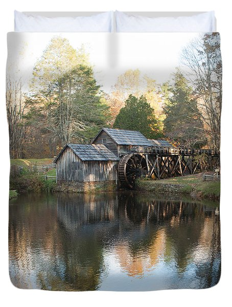 Autumn Morning At Mabry Mill Duvet Cover